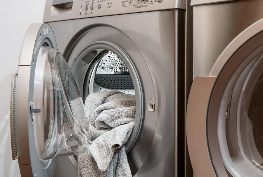 Kansas communities investigate groundwater contamination from dry cleaner
